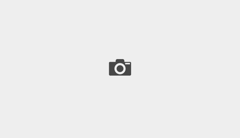 Modèle Azur maison contemporaine à toit plat vue côté rue constructeur EUROMAISONS dans le Haut-Rhin